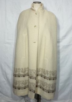 cream Alafoss of Iceland Cape Vintage wool cape button up cape ivory