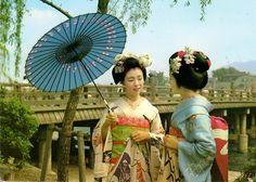 Postcard from Japan ~ Maiko Girls and Sanjo Ohasi Bridge, Kyoto www.postcrossing.com