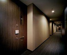 「ホテルライクな内廊下」の例 Corridor, Mansions, Interior Design, Room, Naver, Apartments, Furniture, Home Decor, Houses