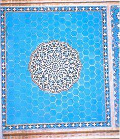 Fig. 8: Yazd, mosquée. Détail du décor.