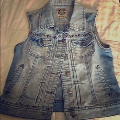 Papaya denim vest with studs Faded denim vest with rounded studs. Has a stretchy feel. Excellent condition worn once. Papaya Jackets & Coats Vests