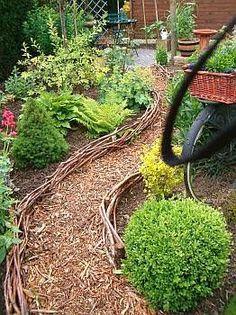 Afbeeldingsresultaat voor moestuin houtsnippers