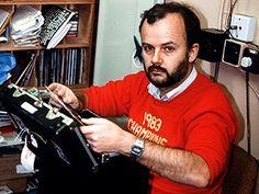 458 episodes of John Peel's radio show are now online: Stream them here | EW.com