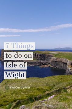 7 Things To Do On Isle of Wight. Family travel to the Isle of Wight: A gorgeous fun filled family travel destination in the UK. Days Out With Kids, Family Days Out, Best Places To Travel, Places To Visit, Ile De Wight, Portsmouth England, British Travel, Park Resorts, Uk Holidays