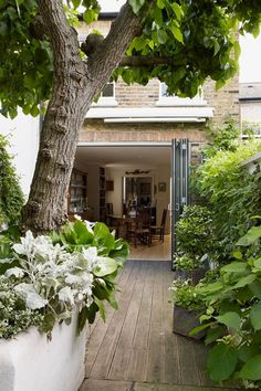 Bifolding Doors - City Gardens - Small Space Garden Design (houseandgarden.co.uk)