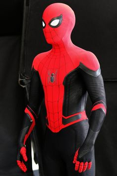 Spider-Man: Far From Home is an upcoming American superhero film based on the Marvel Comics character Spider-Man, produced by Columbia Pictures and Marvel Studios, and distributed by Sony Pictures Releasing. Marvel Comics, Marvel Heroes, Marvel Characters, Marvel Cinematic, Marvel Avengers, Spiderman Suits, Spiderman Costume, Spiderman Art, Spiderman Poster