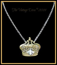 Special Edition Royal Vintage Diva Queen Bee 2 Tone Necklace | TheVintageDiva - Jewelry on ArtFire