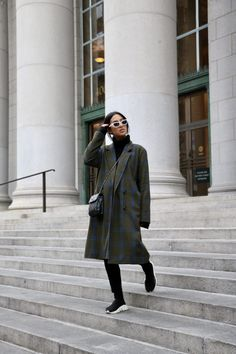 LA Blogger Tania Sarin talking about her top coat picks for the season