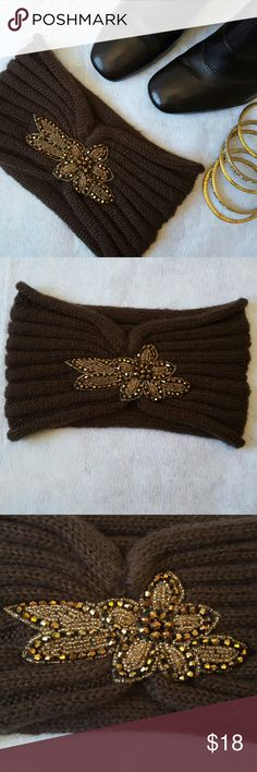 Chocolate Brown Knit Headband Beautiful rich brown with brown and bronze jewel accent. Very '20s retro chic. Excellent condition. Never worn. I noticed a very tiny hole after I purchased but it has been mended and is unnoticeable. Accessories Hair Accessories