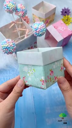 Material required: origami paper(link) Cool Paper Crafts, Paper Crafts Origami, Paper Flowers Craft, Cute Crafts, Kids Crafts, Diy Paper Box, Diy Origami Cards, Origami Gift Bag, Origami Boxes