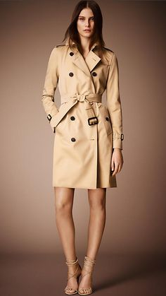 Kensington Long Heritage Trench Coat in Honey......the first paycheck goes to this...that was decided YEARS ago
