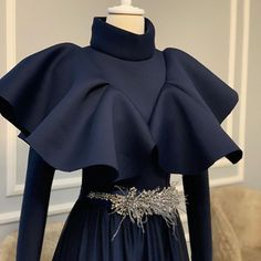 Modest Fashion Hijab, Muslim Fashion, Fashion Dresses, Hijab Evening Dress, Evening Dresses, Hijab Dress, Beautiful Dresses, Nice Dresses, Mode Abaya