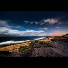 C'monBoard #Travel features the best #travel destinations and deals. Keep an eye on our website for new adventures . . The Beach at night / off-roading at the end of Farrington Highway, Oahu last night . . credit: @myspacetom