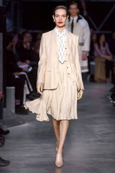 Burberry Fall 2019 Ready-to-Wear Collection - Vogue