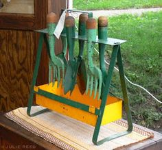 vintage garden tool set!