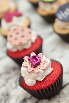 "Shey Ni Chez Specialty Cupcakes | ""It's not just Catering"""