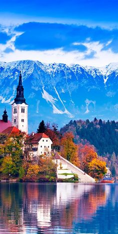 Lake Bled is found in the Julian Alps in northwestern Slovenia and is one of the most famous sights in Europe #Slovenia