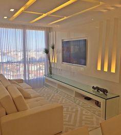 Bom dia!  Ambiente clean e com uma iluminação muito bem panejada. Amei@pontodecor Projeto @sergiopalmeirastudio Snap:  hi.homeidea  http://ift.tt/23aANCi #bloghomeidea #olioliteam #arquitetura #ambiente #archdecor #archdesign #cozinha #kitchen #arquiteturadeinteriores #home #homedecor #pontodecor #lovedecor #homedesign #instadecor #interiordesign #designdecor #decordesign #decoracao #decoration #love #instagood #decoracaodeinteriores #lovedecor #lindo #luxo #architecture #archlovers…