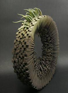 Alberto Bustos – 1, 2, 3, suena sculpture ceramique --- What inspires HANZOHANZO? // Art // Installation // Painting // Illustration // Photography // Performance // Exhibition // Museum // Gallery // Inspiration