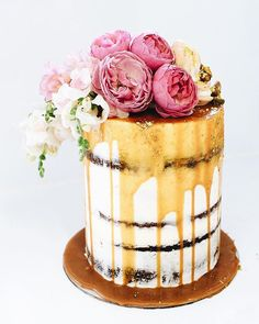 One of five custom cakes today Pretty Cakes, Beautiful Cakes, Amazing Cakes, Flourless Chocolate Brownies, White Chocolate Cake, Chocolate Chocolate, Cakes Today, Cake Photography, Salty Cake