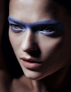 Makeup Artist – Carolina Dali (The Wall Group)   Photographer – Christian Ferretti