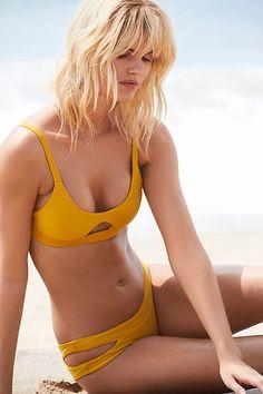 Slide View 1: Colombia Bikini Top