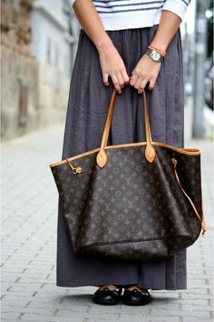 louis vuitton bag. Yes I will have one... Some day!