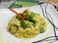 Risoto de aspargos sem leite/lactose, com biomassa de banana verde e deliciosamente saudável. Confira no blog!