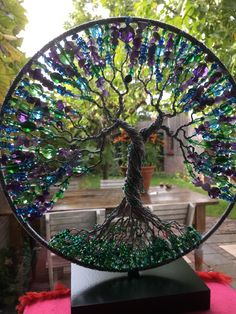Amethist, blue Quartz, green agate and glassbeads cm Wire Art Sculpture, Tree Sculpture, Suncatchers, Wire Crafts, Diy And Crafts, Cd Crafts, Jewelry Crafts, Tree Of Life Jewelry, Wire Trees