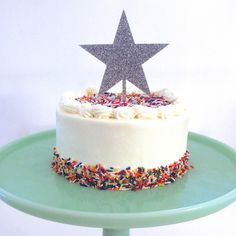 This glittery acrylic cake topper will make any event extra special (and sparkly). Better yet, it can be hand-washed and reused again and again! Packed in our bright signature packaging, these fun cak (Diy Birthday Cake) Mini Cakes, Cupcake Cakes, Glitter Cake, Silver Glitter, Glitter Toms, Glitter Dress, Acrylic Cake Topper, Star Cakes, Salty Cake