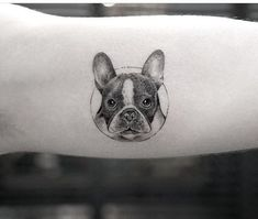Top French Bulldog Tattoos of All-Time – Page 6 – The Paws Small Dog Tattoos, Small Tattoo Placement, Small Couple Tattoos, Mini Tattoos, Cute Tattoos, Unique Tattoos, Body Art Tattoos, Amazing Tattoos, Tattoos Of Dogs