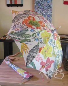 紅型日傘 「南国花模様」| べにきち | 本部町瀬底
