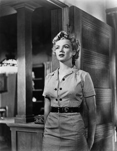 Marilyn Monroe standing wearing a checkered dress in a scene from the film 'Clash By Night' 1952 Hollywood Glamour, Hollywood Stars, Classic Hollywood, Old Hollywood, Hollywood Actresses, Fotos Marilyn Monroe, Marilyn Monroe Shirts, Olivia De Havilland, Cinema Tv