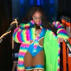 Naomi Black Wrestlers, Wwe Female Wrestlers, Naomi Wwe, Trinity Fatu, Wwe Couples, Wwe Womens, The Championship, Wwe Divas, Sexy Women