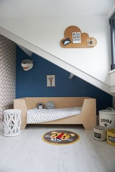 "Acquire terrific pointers on ""modern bunk beds children"". They are actually offered for you on our internet site. Home Design, Attic Design, Attic Renovation, Attic Remodel, Modern Bunk Beds, Childrens Rugs, Playroom Organization, Kids Bunk Beds, Storage Places"