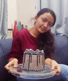 Indian Girls Images, Crown, Cake, Desserts, Jewelry, Food, Fashion, Tailgate Desserts, Moda