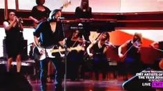 Keith Urban CMT Artists of the Year 2014 Performance- It's A Mans World - YouTube