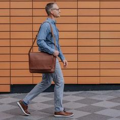 The Roosevelt Vintage Leather Briefcase is a business essential for every rugged gent. Made with full-grain leather, it's guaranteed to last for many years. Vintage Leather Messenger Bag, Brown Leather Satchel, Leather Briefcase, Leather Men, Leather Bags, Work Travel, Travel Bags, Best Bridesmaid Gifts, Casual Professional