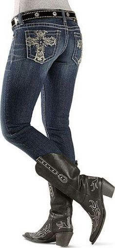 studded cross skinny jean and black boots :D