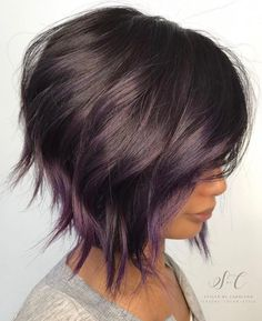 Brown Bob With Subtle Purple Balayage. 20 Purple Balayage Ideas from Subtle to Vibrant Short Hair With Layers, Short Hair Cuts, Short Stacked Hair, Wavy Layers, Purple Balayage, Balayage Bob, Balayage Hairstyle, Caramel Balayage, Brown Balayage