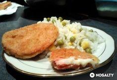 Sajtos rántott párizsi Hamburger, Pancakes, Breakfast, Recipes, Food, Breakfast Cafe, Pancake, Rezepte, Essen