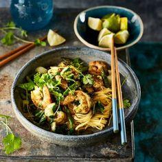 Japanese Sushi, Good Food, Yummy Food, Asian Recipes, Ethnic Recipes, Pureed Food Recipes, Asian Cooking, Mediterranean Recipes, Fish And Seafood