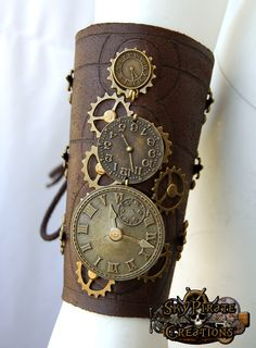 Steampunk Time Travel Leather Bracer by SkyPirateCreations on Etsy, €37.00