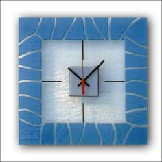 Glass Wall Clocks - Ideas on Foter Glass Wall Art, Fused Glass Art, Stained Glass Art, Mosaic Glass, Glass Fusion Ideas, Glass Fusing Projects, Glass Design, Sweet Home, Wall Clocks
