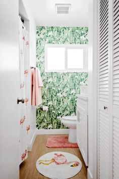 Apartment decorating ideas for renters. A complete guide to design, organization tips, and other cheap, DIY solutions for cute, functional rental living. Rental Bathroom, Rental Kitchen, Diy Bathroom Decor, Bathroom Ideas, Bathroom Designs, Decorating Bathrooms, Bathroom Fixtures, Bathroom Lighting, Temporary Wallpaper