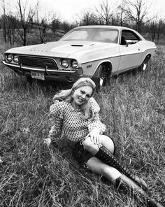 Vintage Cars damsellover: Dodge Challenger, Oh, and there's a girl in the picture, too. Dodge Challenger, Vintage Cars, Vintage Photos, Vintage Style, Vintage Ladies, Hot Rods, Surf, Pin Up, Mopar Girl