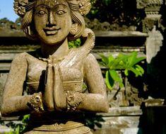 templeruinefigurestatuewoman01