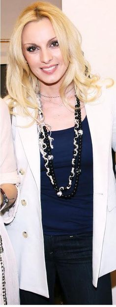 Peggy Zina - Greek Singer Singers, Pearl Necklace, Greek, Pearls, Chain, Jewelry, Fashion, String Of Pearls, Moda