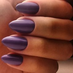 Looking for easy nail art ideas for short nails? Look no further here are are quick and easy nail art ideas for short nails. Chic Nail Art, Chic Nails, Trendy Nails, Fun Nails, Diva Nails, Cute Spring Nails, Spring Nail Colors, Spring Nail Art, Fingernail Designs