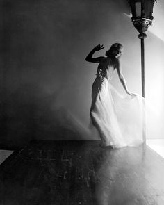I love this Ginger Rogers pic!...vintage everyday: By The Lamp
